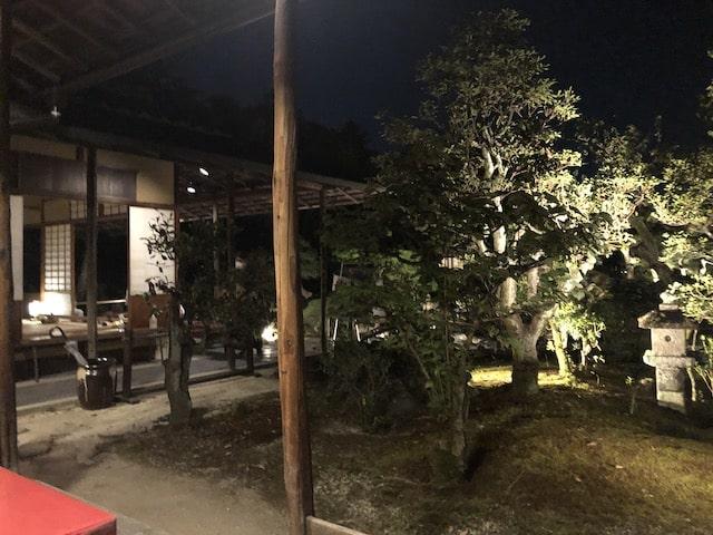二条城前田珈琲テラス席